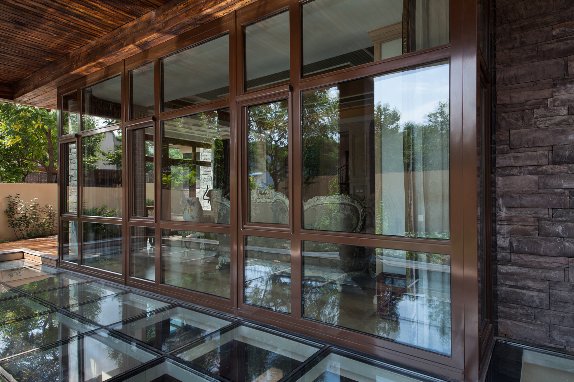 MILUX系統鋁包木陽光房