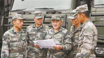 一名士官和他的400多期维修小报
