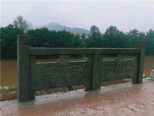 四川青石浮雕栏杆款1_成都翰林石材量大从优