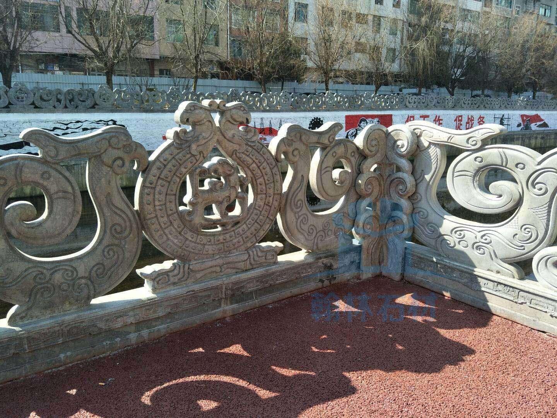 石灰岩青石镂空栏杆工地欣赏