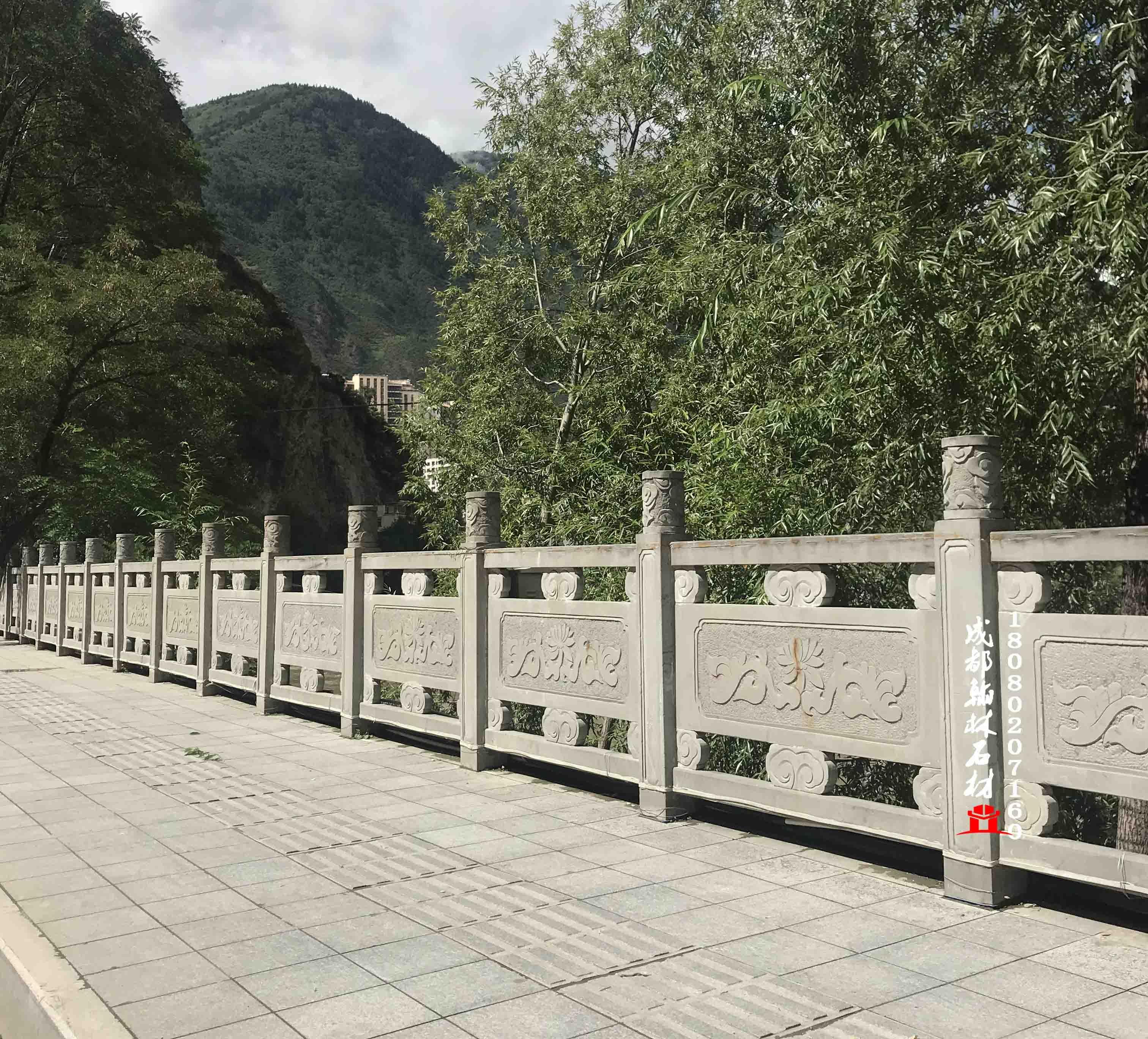 青石浮雕栏杆案例欣赏