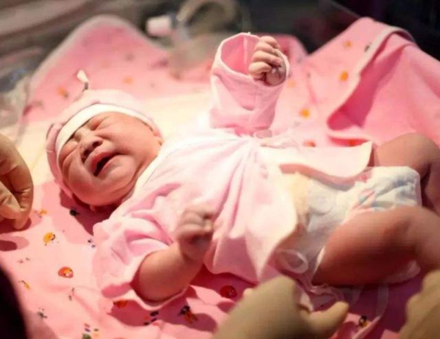 湿纸巾成了毒纸巾?5款婴幼儿湿纸巾被检测出含甲醛,家长都爱用