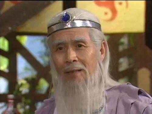 /视频截图:蓝天野在《封神榜》中饰演姜子牙一角