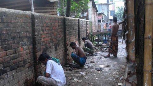 """印度疫情拖垮全世界:恐怖""""黑木耳病""""开始流行,上万人摘眼求生"""